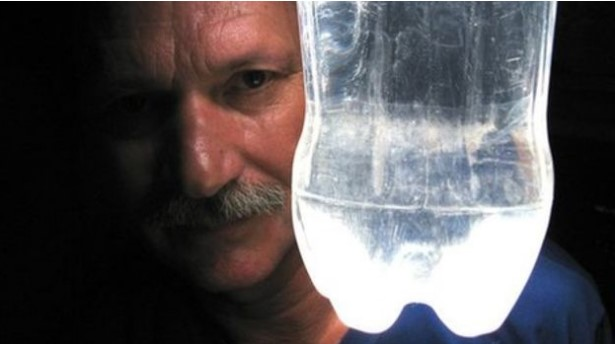 lighted water-bulb alfredo moser.